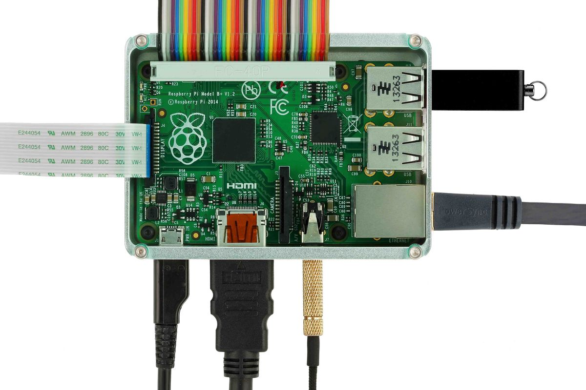anidees_case_for_raspberrypi_model_b_plus_clear_01